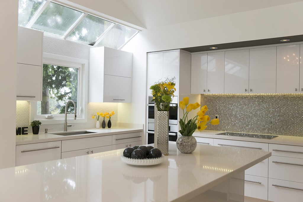 Five Ways To Warm Up A White On White Modern Kitchen