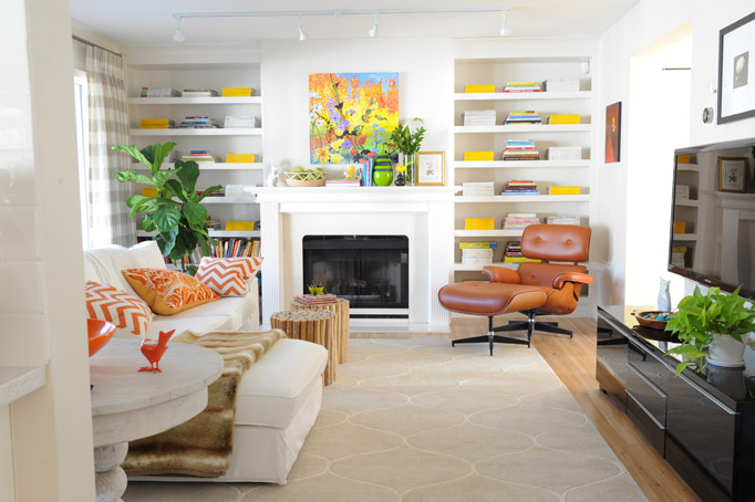 Family Room | Classic White Fireplace | White Sofa | Bookcase Styling Ideas | Decorating with Colour