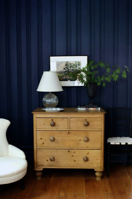 the best paint colours for your oak and maple cabinetry. Black Bedroom Furniture Sets. Home Design Ideas