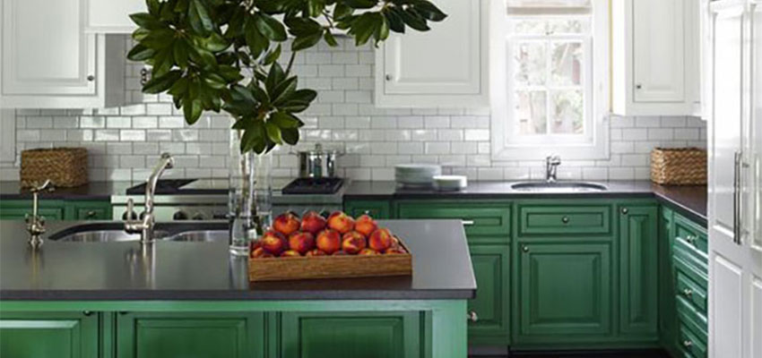 Ask Maria: About Kitchen Cabinet Uppers and Lowers in Different Colours
