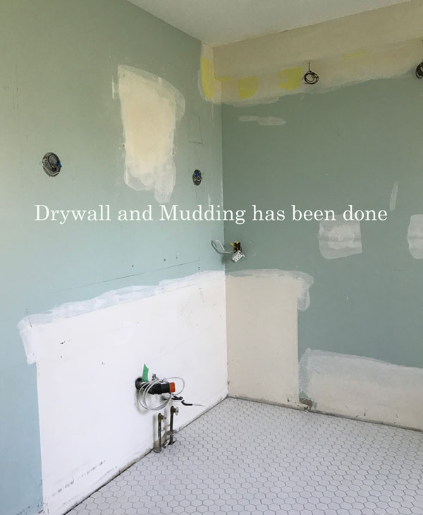 New DRYWALL AND MUDDING GETS DONE
