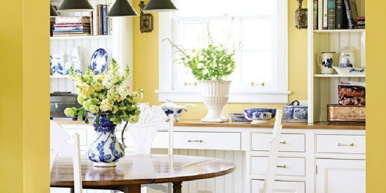 A Cur Way To Use Yellow Is Go Bold Which Works Well If You Have Lots Of White And Some Black Like This Gorgeous Kitchen Below