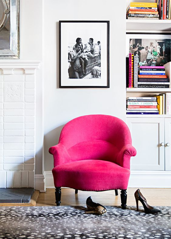 And In My Mind An Accent Chair Is A Piece That Draws Attention Room Emphatic Expression Of The Colour Scheme Or Aesthetic E