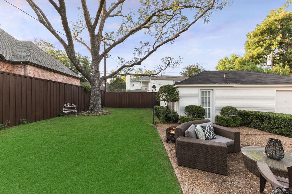 Dos And Donts For Choosing The Right Fence Colour