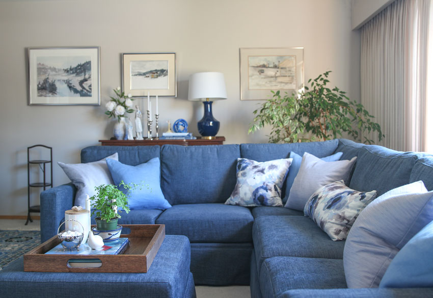 A Shortcut To Arranging Pillows On A Sectional Before Amp After