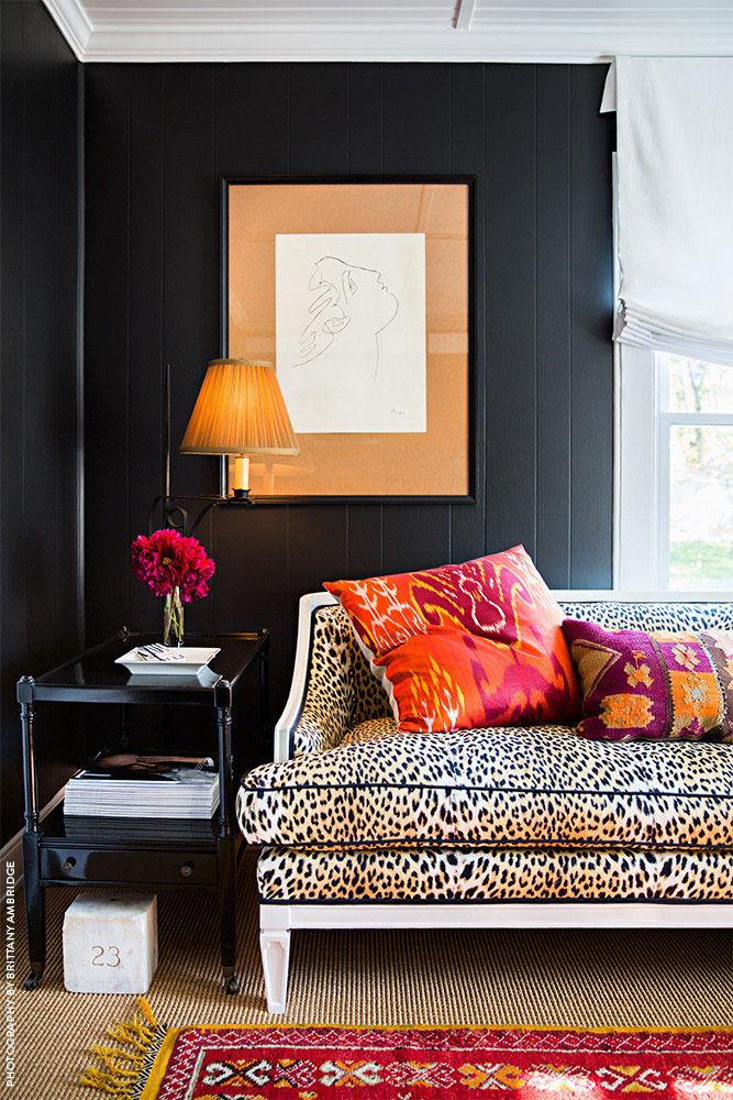 Modern Glam Black Walls